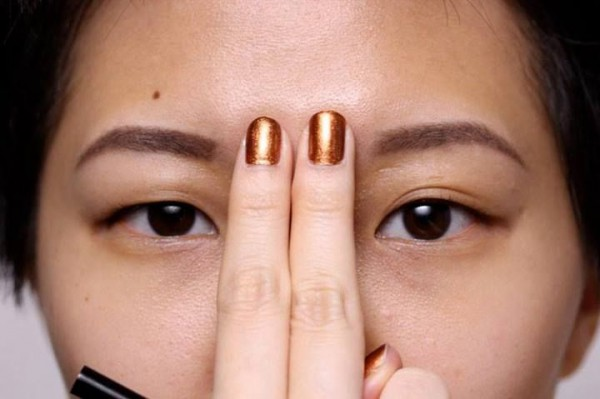diy-how-to-clear-your-sinuses-seconds-using-nothing-but-your-fingers1